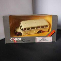 Corgi Classics Bedford Type OB Coach Q949/22 1:50