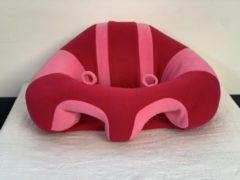 Roze ForYourBaby Babyseat Faye - Babystoeltjes, baby zitje, zitkussen, baby zitten, zitjes voor babys van 3 t/m 18 maanden