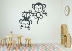 Donkergrijze Rosami Decoratiestickers Sticker twee aapjes aan een tak donker grijs 35 x 35 cm | Rosami