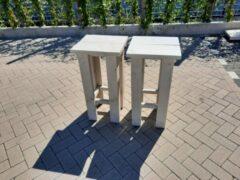 Witte KSM-Steigerhout 2 stuks kruk Barkruk Easy van White Wash steigerhout voor bij een bar tafel / sta tafel