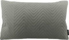 Zilveren Gek op Kussens! Silver Grey Chevron Velvet Long Kussenhoes | Fluweel / Velours | Grijs | 30 x 50 cm