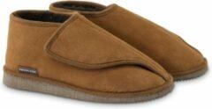 Bruine Texelana sloffen en pantoffels voor dames & heren - pantoffel van schapenvacht met ruime instap door klittenband sluiting - model Bea - maat 43