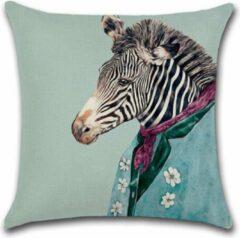 Turquoise River of Things Kussenhoes Zebra in pak. Grappige kussenhoes mister Zebra. Decoratieve kussensloop /sierkussenhoes 45x45