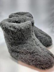 Geen merknaam Schapenwollen sloffen grijs maat 43 100% natuurproduct comfortabele nieuwe luxe sloffen direct leverbaar handgemaakt