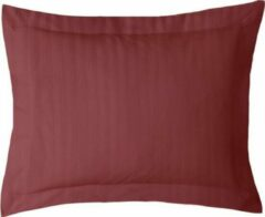 Bordeauxrode ISleep Satijnstreep Kussensloop - 60x70 cm - Bordeaux