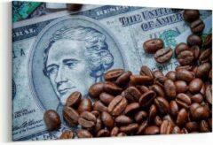 Prints4you Schilderij - Gebrande koffiebonen op geld — 90x60 cm