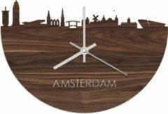 Bruine WoodWideCities Skyline Klok Amsterdam Notenhout - Ø 40 cm - Woondecoratie - Wand decoratie woonkamer