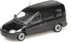 Zwarte Opel Combo Tour 200 - 1:43 - Minichamps