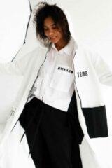 Merkloos / Sans marque La Pèra Wit lang casual vest My Style Lang vest met capuchon Dames - Maat XS