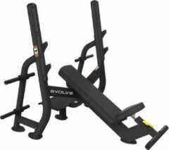 Zwarte Evolve Fitness Olympic Incline Bench Press BN-210 - Halterbank / Halterstation - Bankdrukken - Voor Zwaar Commercieel gebruik of Professionele Home Gym - Duurzaam Frame - Uitstekende Garantie - Incl. Spotting Deck & Gewichtopslagpinnen