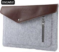Zilveren DSGN Laptop Vilten Leren Soft Sleeve geschikt voor de Apple Macbook Air / Pro (Retina) 15 Inch - 15.4 Laptop Case - Bescherming Cover Hoes - Grijs - Bruin