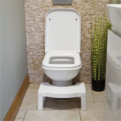 Witte Aidapt ToiletSquat Toiletkrukje - Toiletkruk - WC krukje - opvouwbaar