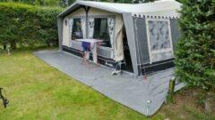 Grijze Totalflooring.nl Gronddoek , tentzeil bescherming , tentdoek 6 x 4.80mtr , anti worteldoek