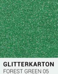 Donkergroene Glitterkarton notrakkarton Glitterkarton 05 forest groen A4 230 gr.