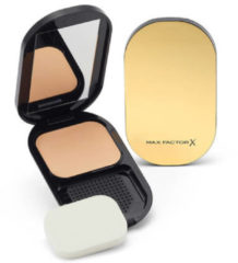 Max Factor Facefinity Compact Foundation 10 gr - 002 Ivory