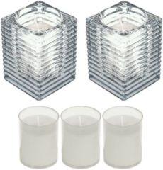 Candles by Spaas 2x Transparante glazen kaarsenhouders met kaars en 3x navullingen 7 x 10 cm 24 branduren - Geurloze kaarsen - Woondecoraties