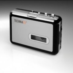 Zilveren Technaxx DT-01 DigiTape USB cassettespeler en digitale audio converter, met software