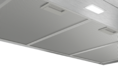 Roestvrijstalen Bosch DWP94BC50 wandschouw afzuigkap met LED verlichting en metalen vetfilters
