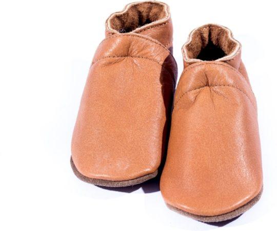 Afbeelding van Bruine Baby Dutch - babyslofjes - cognac