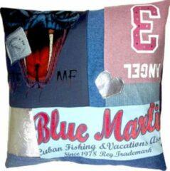 Blauwe Toetie & Zo Handgemaakt Kussen Bite Me, 50x50, kinderkamer, stoer, jeans, patchwork