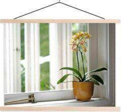 TextilePosters De orchideeën in een bloempot voor het raam schoolplaat platte latten blank 60x45 cm - Foto print op textielposter (wanddecoratie woonkamer/slaapkamer)