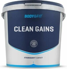 Body & Fit Clean Gains - Weight gainer - 4500 gram - Strawberry