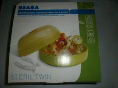 Groene Béaba Beaba sterilisator voor magnetron