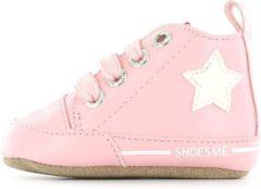 Shoesme lichtroze babyslofjes met ster (BS8A003-A). Maat 18