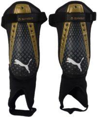 Puma King Spirit scheenbeschermers zwart/goud