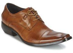 Bruine Nette schoenen Kdopa ARNOLD