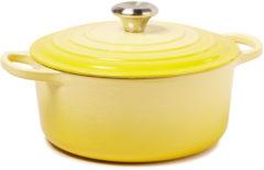 Le Creuset® - Signature - Braadpan - Stoofpan - Vaatwasserbestendig - Anti Aanbaklaag - Geëmailleerd Gietijzer - 4,2 liter - 24 cm - Geel - Soleil