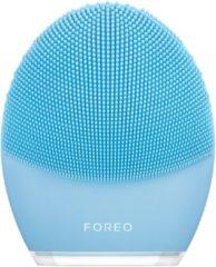 Blauwe FOREO LUNA 3 Sonic gezichtsreiniger en massage-apparaat tegen de tekenen van veroudering voor gecombineerde huid