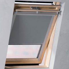 Licht-grijze Pure Living - Dakraam rolgordijn verduisterend - Light Grey - 61.3x121.5 cm
