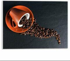 Oranje KuijsFotoprint Forex - Koffiekop met omgevallen Koffiebonen - 40x30cm Foto op Forex