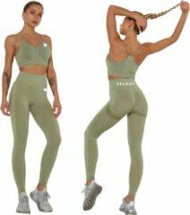Peachy® Sportlegging en Top - Yoga - Fitness set - Scrunch Butt - Dames Legging - Sportkleding - Fashion legging - Broeken - Gym Sports - Legging Fitness Wear - Groen - maat S - High Waist - Valt klein