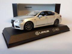 Lexus LS 460 'F Sport' - 1:43 - Kyosho