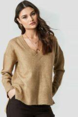 NA-KD Trend Deep V-neck Oversized Sweater - Beige