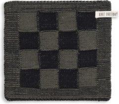 Kaki Knit Factory Pannenlap Block - Zwart/Khaki