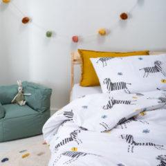 Witte Fresh&Co  Kids Fresh&Co Kids - Junior Dekbedovertrek Happy Zebra 120x150 cm - Katoen - Dekbedovertrek met 2 kussenslopen
