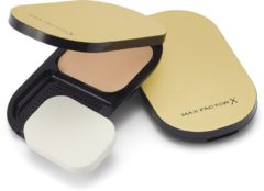 Max Factor Facefinity Compact Foundation Rg Compact Powder 002 18 Iv (Ex)
