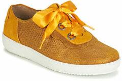 Gele Lage Sneakers Casta HUMANA