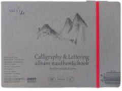 Witte SMLT Handletteren & Kalligrafie album gestikt