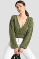 Groene NA-KD V-Neck Overlap Knitted Sweater - Green