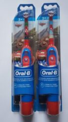 Rode 2 stuks Oral-B Stages Power Kids elektrische tandenborstel op batterijen met Disney Cars - DUO pack