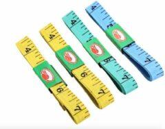 Merkloos / Sans marque 4 stuks Meetlint - 150 cm & 60 Inch - plastic - meeteenheid in centimeter en inches