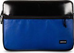 UNBEGUN MacBook Air 13 inch case met blauwe voorvak (van gerecycled materiaal) - Zwarte/blauwe laptop sleeve voor nieuwe MacBook Air 13.3 inch (2018/2019/2020)