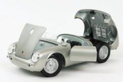 Zilveren Porsche 550 Spyder 1956 Grijs 1-18 Maisto