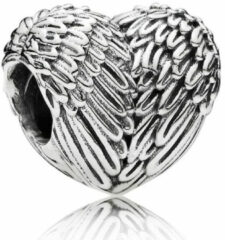 Zilveren Pandora Heart silver charm with angel wing detail 791751