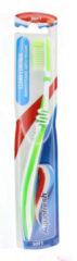 12x Aquafresh Tandenborstel Clean Control Soft
