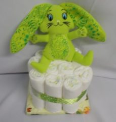 Sabinesgeschenkenshop.be 1 laag pampertaart bunny groen